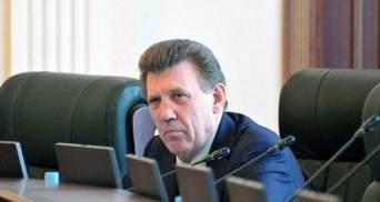 Ківалов розбарикадував кабінет глави одного з парламентських комітетів  (Фото)
