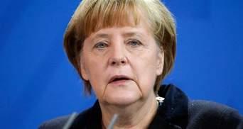 Меркель призвала Путина предотвратить эскалацию насилия в Украине