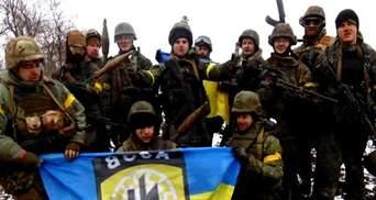 День в фото. В Одессе избавились от Ленина, в Раде подрались Парасюк и Литвин