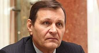 Екс-регіонал розповів у суді, як Єфремов роздавав гроші сепаратистам