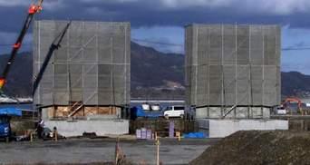 Японці і собі будують стіну для захисту