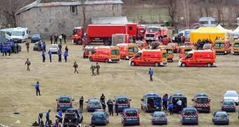 Родственники погибших в катастрофе А320 съезжаются в Дюссельдорф