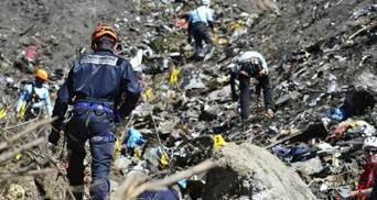 Родственникам жертв авиакатастрофы Airbus A320 выплатят по 50 тысяч евро