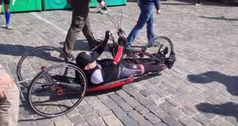 Кернес на спеціальному велосипеді взяв участь у марафоні