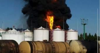 """Пожежу на нафтобазі гаситимуть """"пінною атакою"""""""