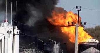 У ДСНС розповіли, чому не гасять пожежу під Києвом