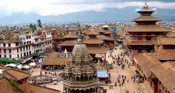 Туристів знову кличуть до Непалу