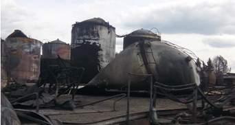 Обгорілі цистерни та чорна земля: як зараз виглядає згоріла нафтобаза