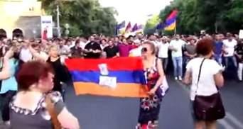 Російські ЗМІ  звинувачують США в мітингах в Єревані
