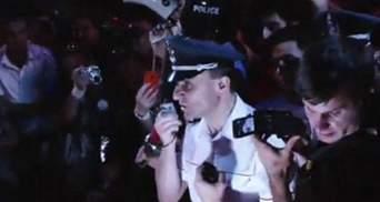 """""""Майдан"""" у Вірменії. Поліцейські перейшли на бік активістів"""