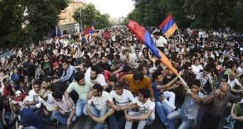 Вірменський президент готовий зустрітись з мітингувальниками