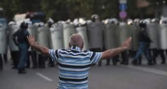 """На армянском """"Майдане"""" после стычки задержали активиста"""