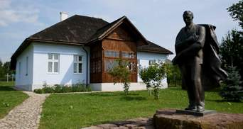 Хрест з могили Бандери в Мюнхені перевезли в Україну