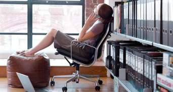 """Як офісним працівникам рятуватись від """"сидячих"""" хвороб"""