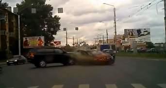 """Як """"липові"""" права впливають на якість дорожнього руху в Україні"""