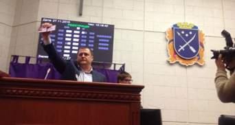 Филатов со скандалом принял присягу мэра: берется за увольнения