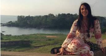 Джамала опубликовала собственное фото в вышиванке на экзотическом острове