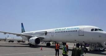 Взрыв в пассажирском самолете в Сомали: появились фото