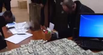 У ГПУ впіймали екс-чиновника МВС, який приніс хабар за судно із Криму, — Ольга Варченко