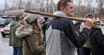 """В Польше протестующие требовали выкопать поезд с сокровищами нацистов"""""""