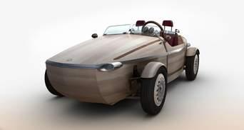 Toyota дивує: компанія представила дерев'яне авто
