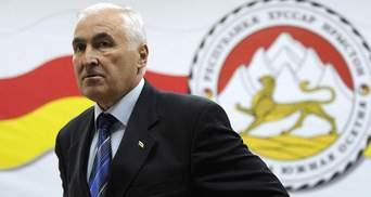 Південна Осетія планує референдум про входження до складу Росії