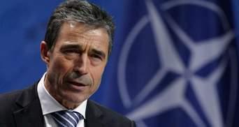 Что означает назначение экс-главы НАТО советником Порошенко — версия аналитика