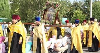 Чи має місце хресна хода московського патріархату у Києві? Ваша думка