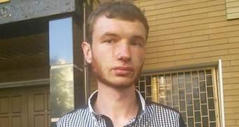Правоохоронці жорстоко побили активістів, що приїхали підтримати Медведька та Поліщука