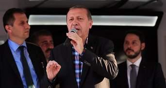 """Влада Туреччини заздалегідь підготувала """"чорні"""" списки причетних до перевороту, – єврокомісар"""