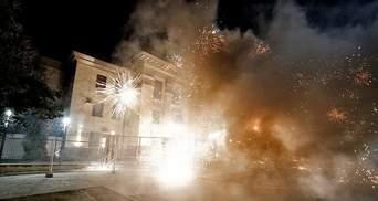 Нападение на российское посольство в Киеве и итоги саммита YES – самое главное за сутки