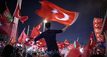 В Туреччині продовжили надзвичайний стан