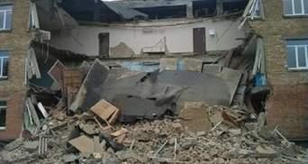 В школе Василькова во время уроков обвалилась капитальная стена