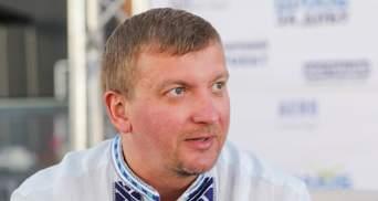 Петренко орендує квартиру в іноземців, має мільйони на депозиті, 16 гравюр і 2 ікони
