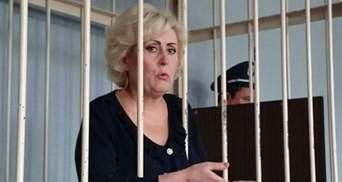 Я вийду і розберуся з вами, – скандальна Штепа пригрозила в суді