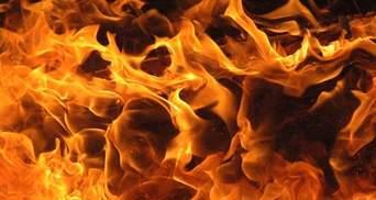 Киоск сгорел в Киеве: появились фото