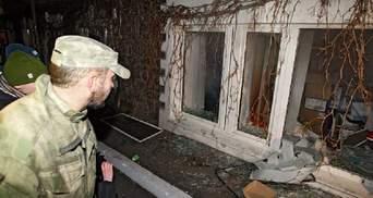 Спутали окна: вместо офиса Медведчука митингующие разгромили салон красоты