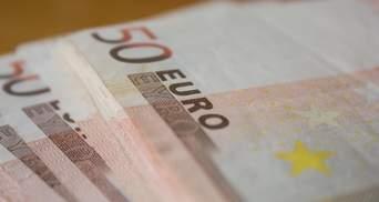 Готівковий курс валют на 25 листопада: євро знову дорожчає