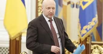 Турчинов об учениях вблизи Крыма: Ракеты попали в запланированные цели