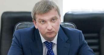 """Скільки """"грошей Януковича"""" планує отримати Кабмін"""