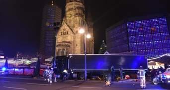 У Берліні вантажівка в'їхала у різдвяний ярмарок. Є жертви