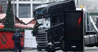 Теракт на різдвяному ярмарку у Берліні: опублікували фото