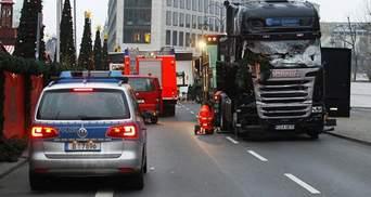 Виконавець теракту в Берліні досі на волі, – ЗМІ