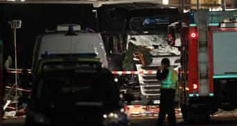 Імовірний виконавець теракту у Берліні потрапив на камери спостереження