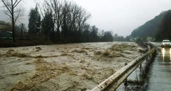 Закарпатье страдает от паводков: формируется вторая волна