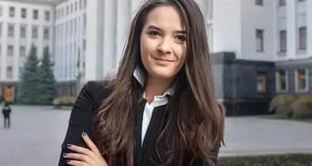 Юная заместительница министра заработала немалую сумму за год работы
