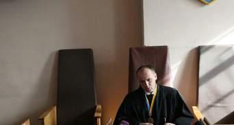 Судебное заседание относительно Насирова в воскресенье не будет возобновляться, – судья