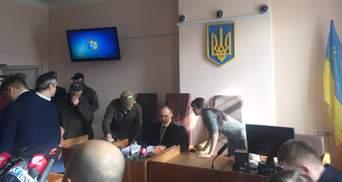 Суд не разрешил адвокатам Насирова отвести судью