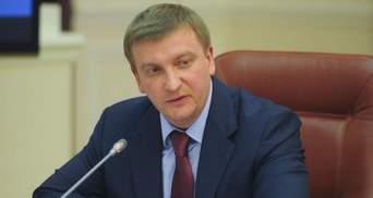 Керівники НАЗК  своєю бездіяльністю і халатністю доводять ситуацію до абсурду, – Петренко