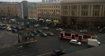 В метро Петербурга произошло два взрыва, – источник